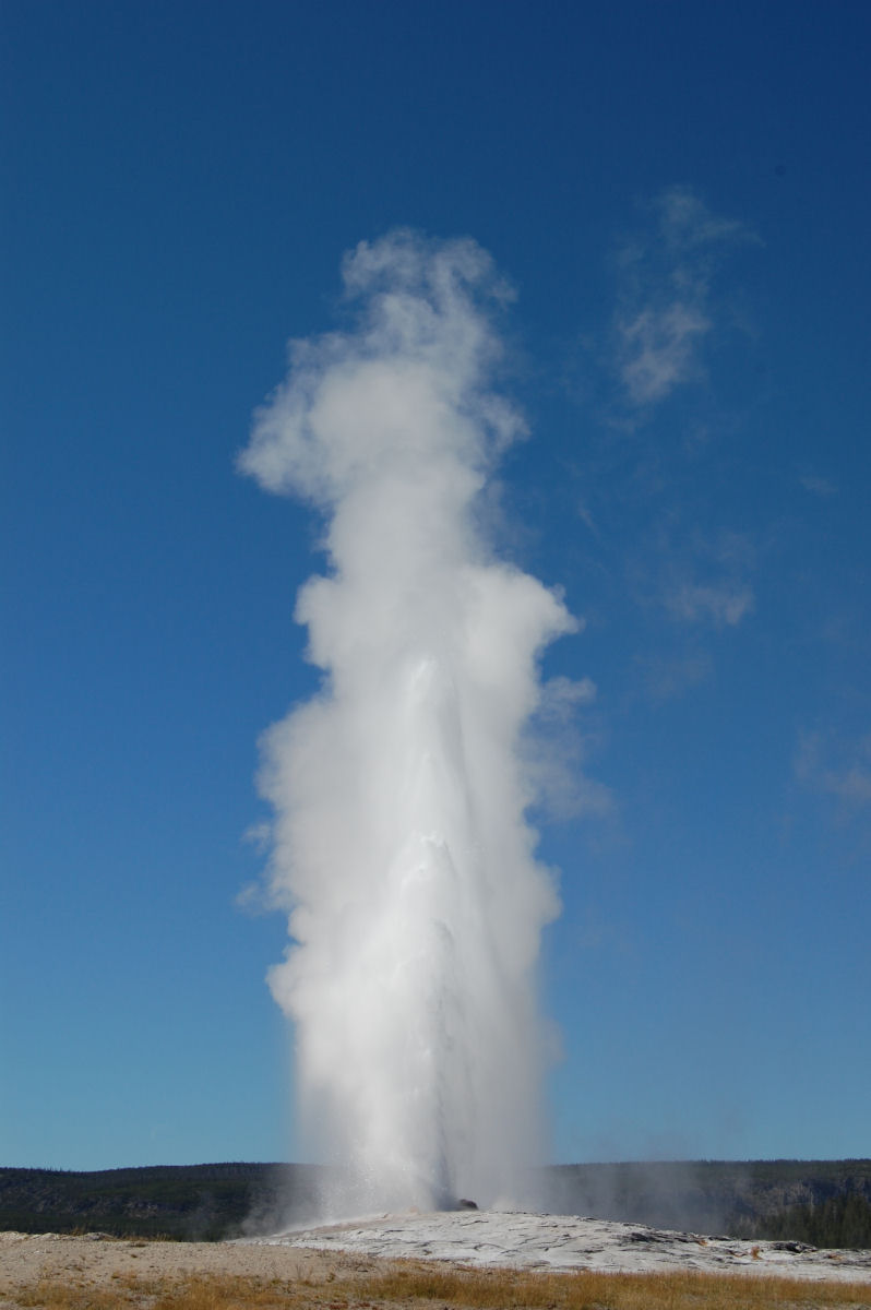 075 Old faithful.JPG