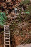 Descente de Mooney Falls