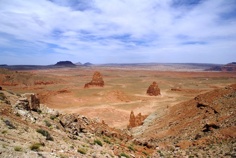 Lower Cathedral Valley Overlook
