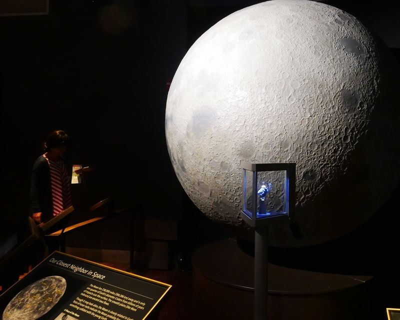 Exposition dans Griffith Observatory