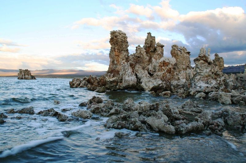 South Tufa Area