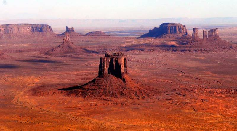 Survol de Monument Valley